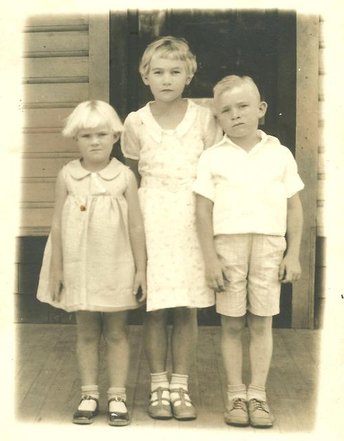 Ernestine, Doris, and Aubrey Rich, early 1930s