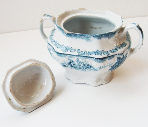 sugar bowl with lid off2