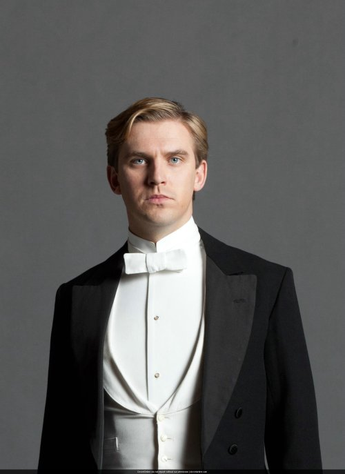 Matthew Crawley of Downton Abbey in his White Tie formal attire. Image courtesy of Masterpiece Theatre and PBS.