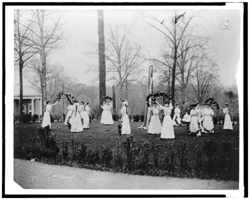 May Day festivities in Forest Glen, Maryland, c. 1907.  Image courtesy of the Library of Congress.